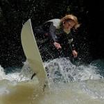 conni grundmann_eisbach-münchen-river-wave-surfer