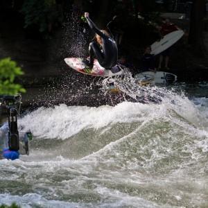 Quirin Stamminger Eisbach münchen river surfer Keep Surfing Dreh