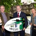 Eisbach Welle Muenchen gerettet Ude Surfen legal