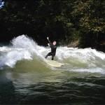 Thomas Mayr Eisbach München Munich River Fluss Surfer
