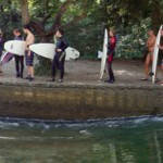 floßlände-münchen-surfen-flosslaende-welle-thalkirchen