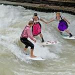 eisbach muenchen river surfing oktoberfest wiesn-1