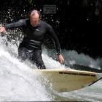 Eisbach-River-Surfer-Guenter Nusser Spray am Eisbach München 3