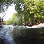 Eisbach River Surfing Muenchen Ostern 8