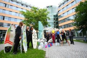 River Surfer Demo für Rettung der Floßlände