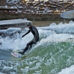 Tao Eisbach ice river surfing