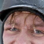 eisbach surfer eiszapfen-gesicht